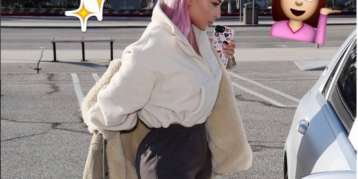 Kim Kardashian  aparece con el cabello rosa y parece que es la tendencia del 2018