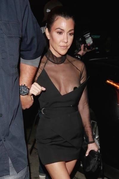 Kourtney Kardashian enseña de más