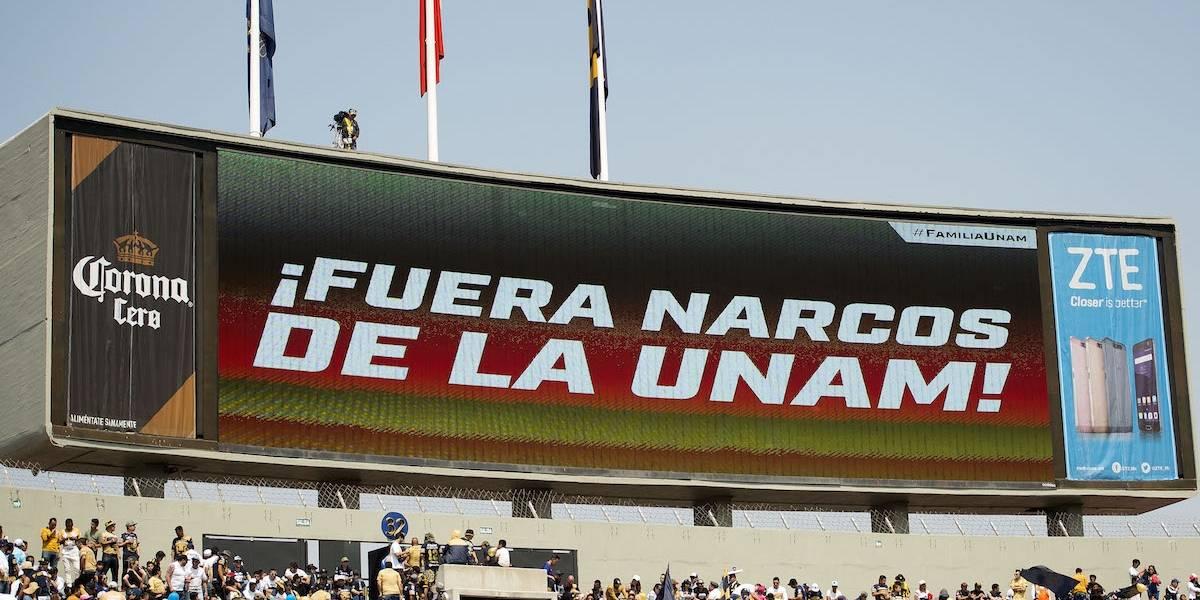 El motivo por el que los jugadores de Pumas se negaron a usar manta contra narco