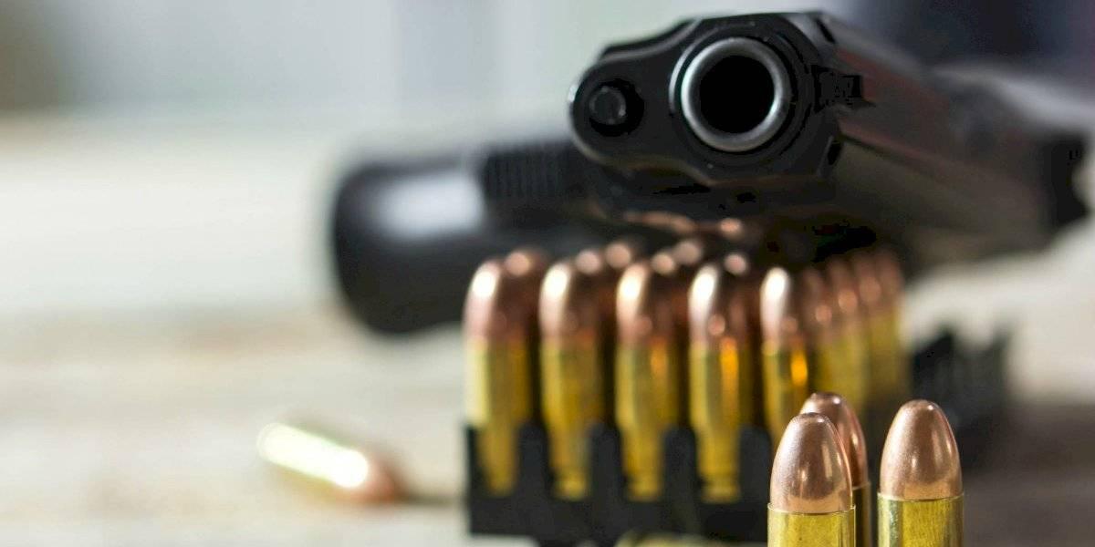 Niño de 5 años le dispara en la cabeza a su hermano de 2 mientras jugaban con pistola
