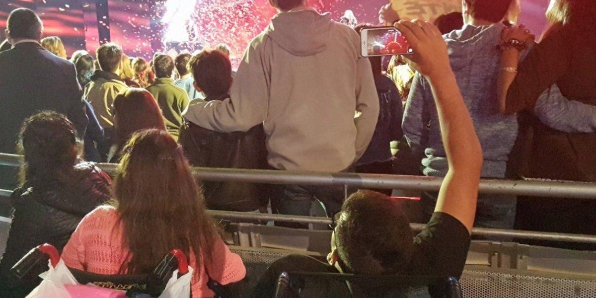 """""""Esta escena me partió el alma"""": la imagen que dejó el Festival de Viña que se transformó en viral por poner en evidencia la falta de inclusión"""