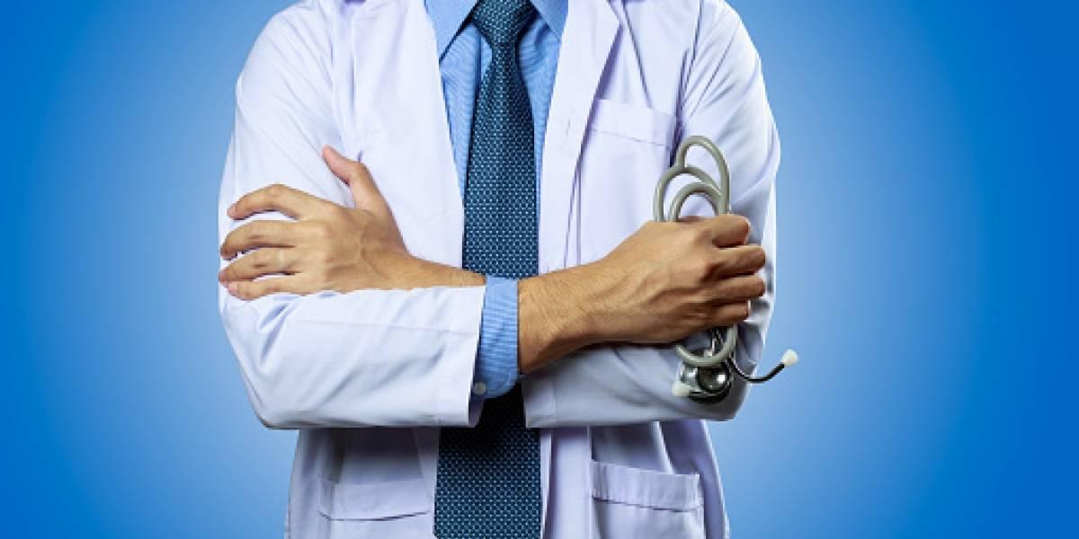 """""""Por qué el doctor no me va a ver mami?"""": niña murió seis horas después que médico no quiso atenderla por llegar atrasada a la consulta"""