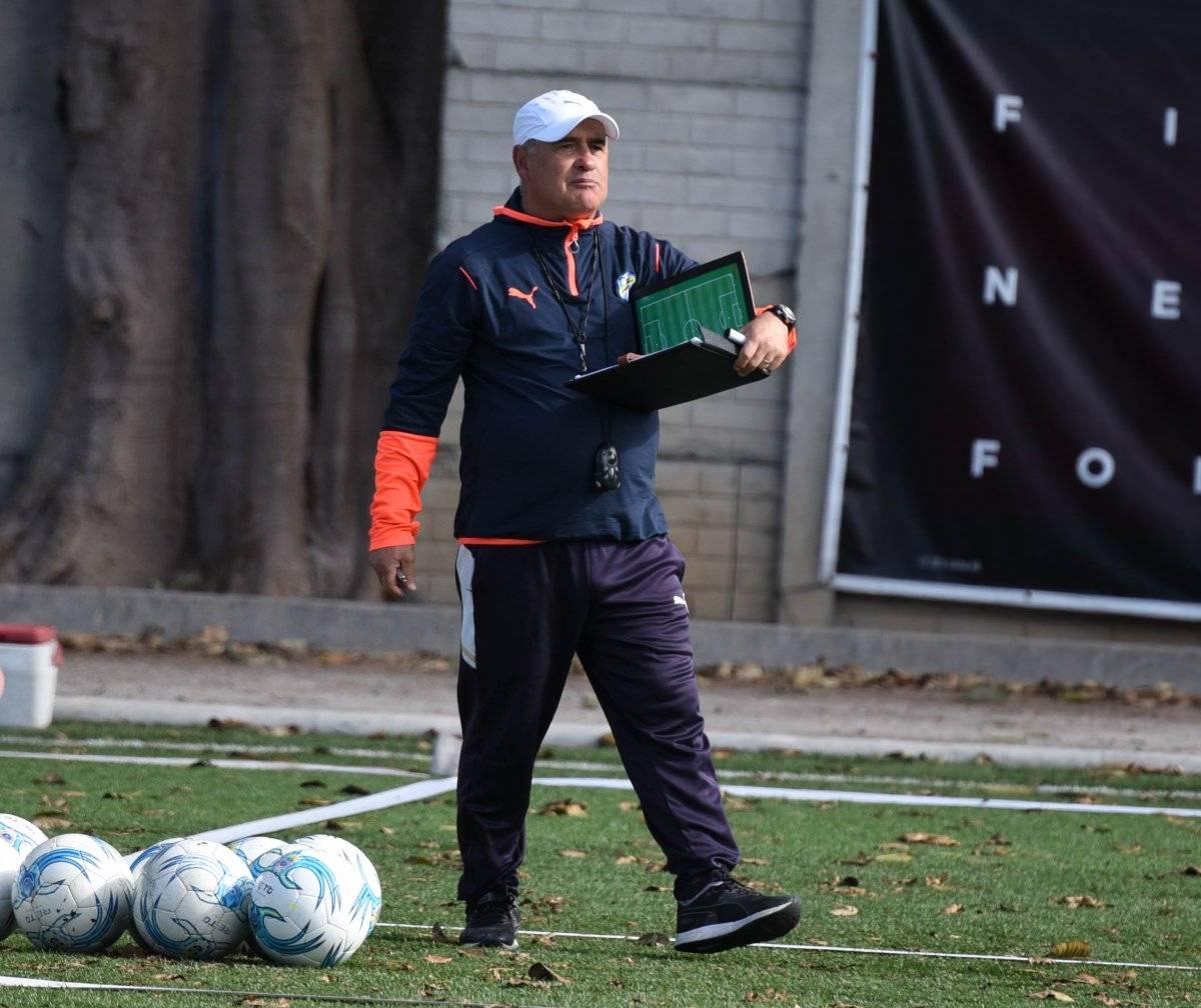 Willy tomaría el equipo de manera interina.