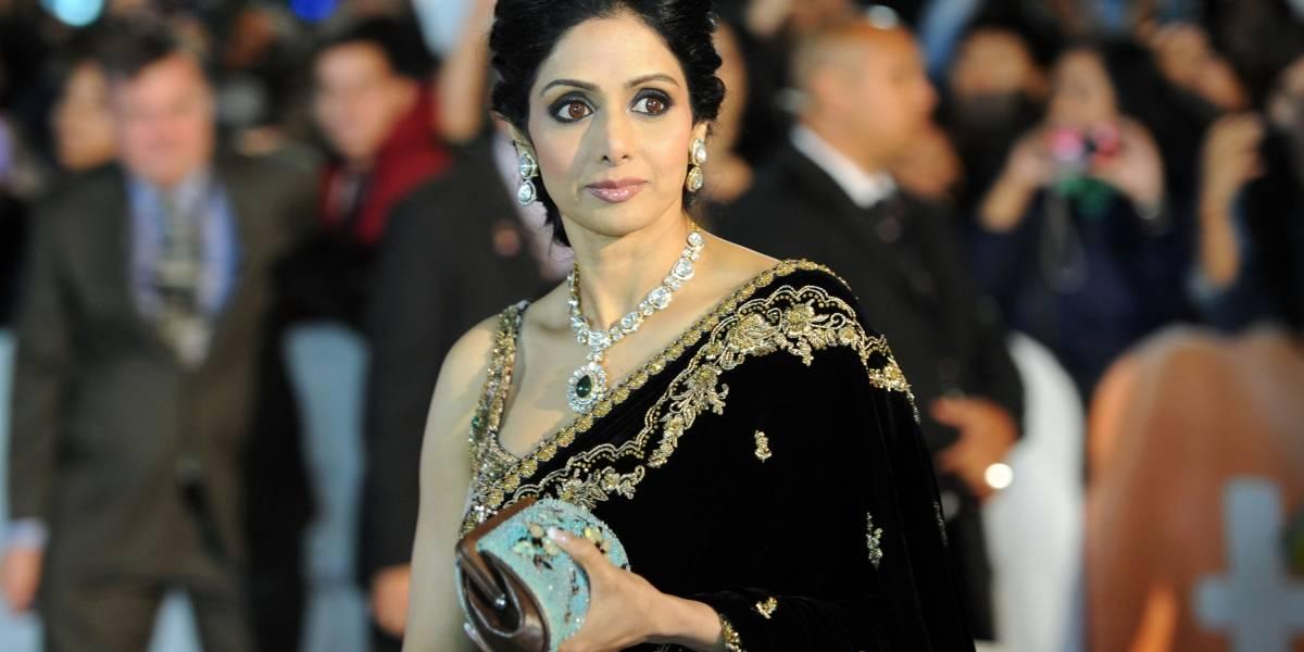 Autópsia revela que atriz indiana, principal estrela de Bollywood, morreu afogada em banheira