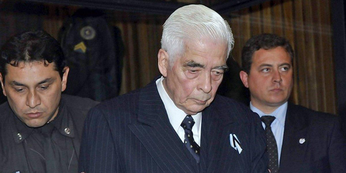 """Muere militar argentino que soñaba con una guerra con Chile: """"Los corremos hasta la Isla de Pascua, el brindis de fin de año lo haremos en el Palacio de La Moneda"""""""