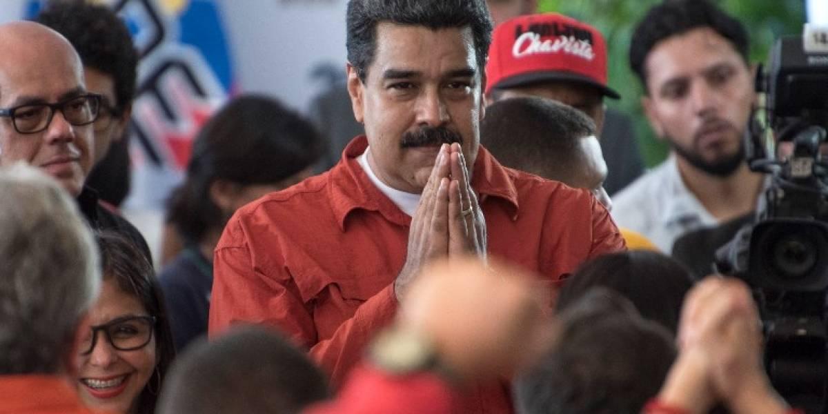 Maduro inscribe su candidatura para las elecciones en Venezuela