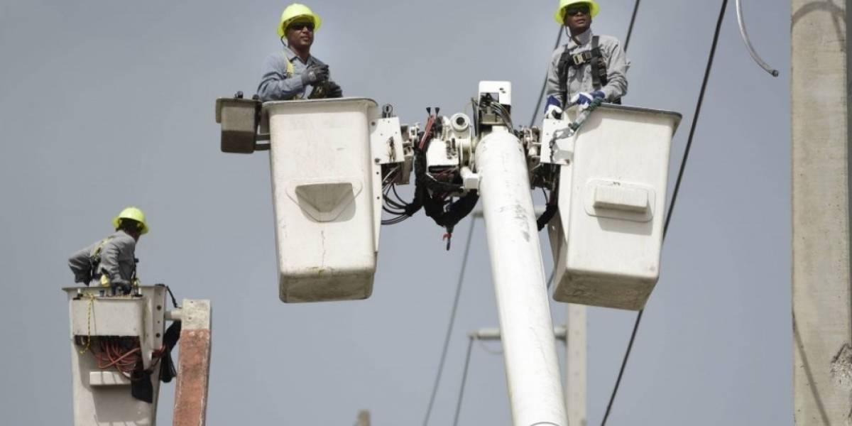 Senado apoya alcaldes restablezcan servicio eléctrico en sus municipios