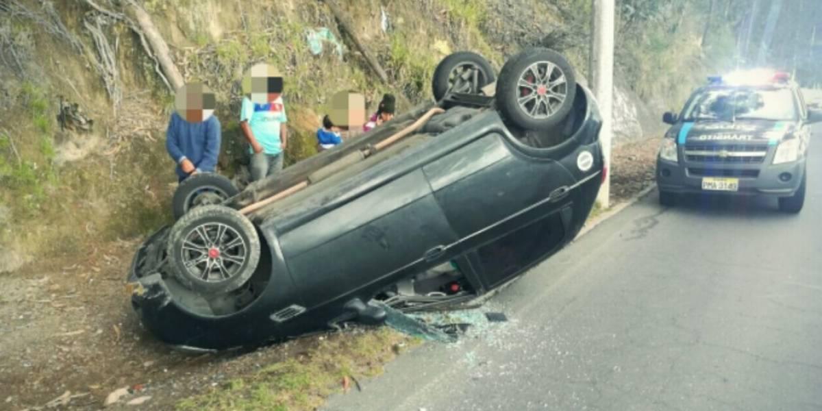 Cierre en Av. Mariscal Sucre tras accidente de tránsito