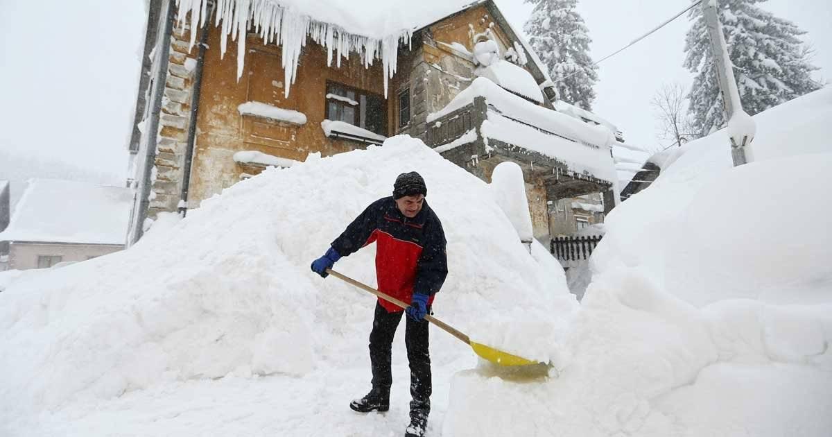 Na Croácia, nevasca também foi intensa REUTERS/Antonio Bronic