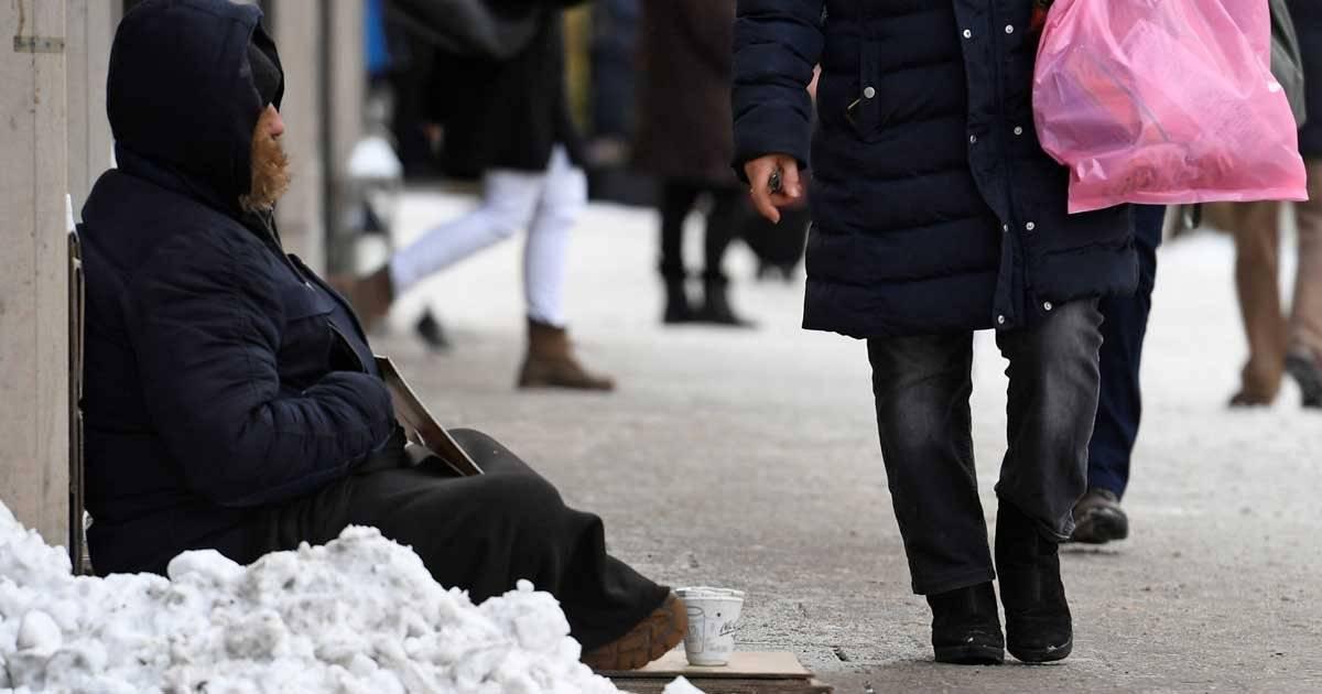 Na Alemanha, principal preocupação do governo é com moradores de rua REUTERS/Fabian Bimmer