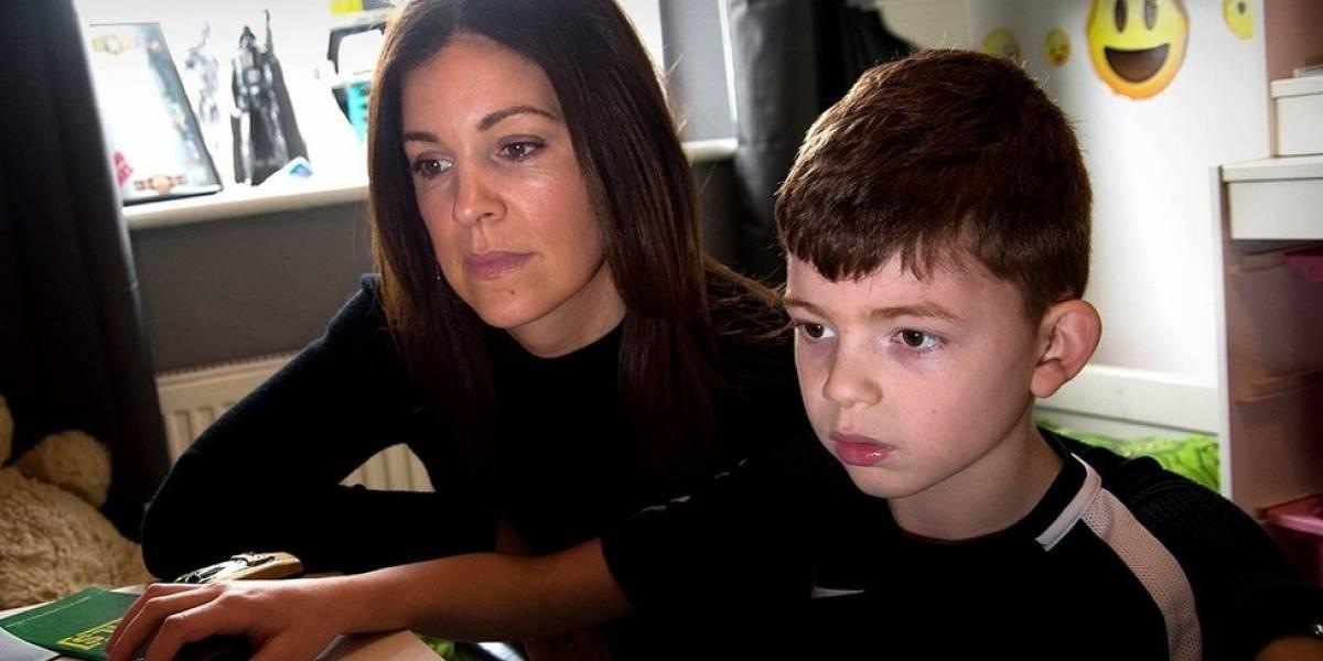 """""""Tinha vergonha do meu filho"""": o drama da mãe de menino de 8 anos com explosões de agressividade"""