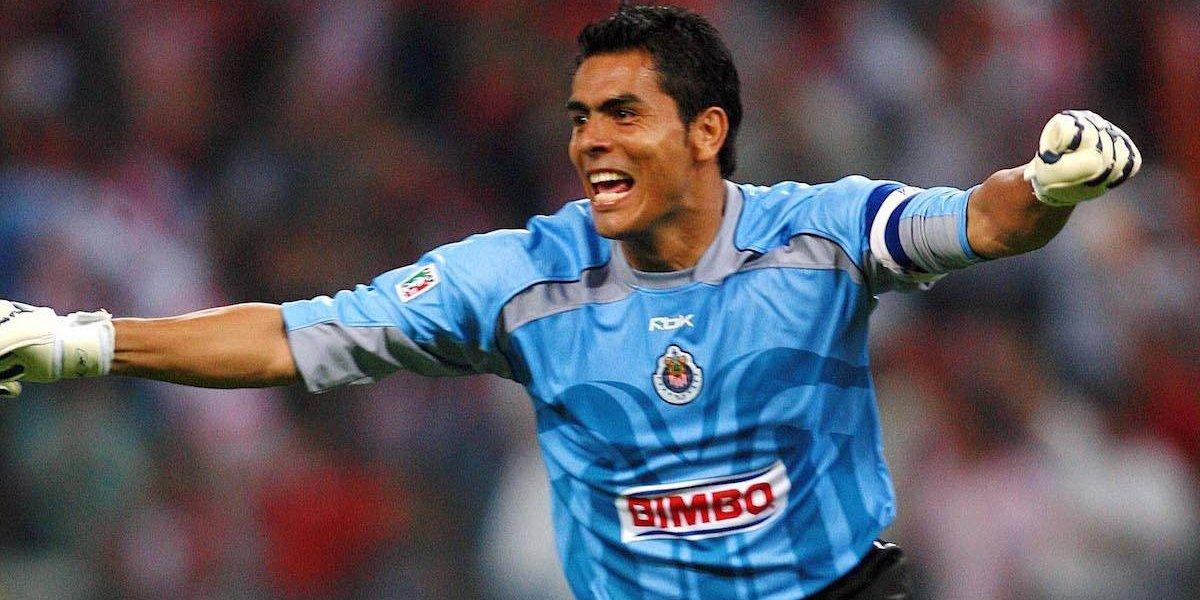 'Jugadores de Chivas necesitan unas cachetadas': Oswaldo Sánchez