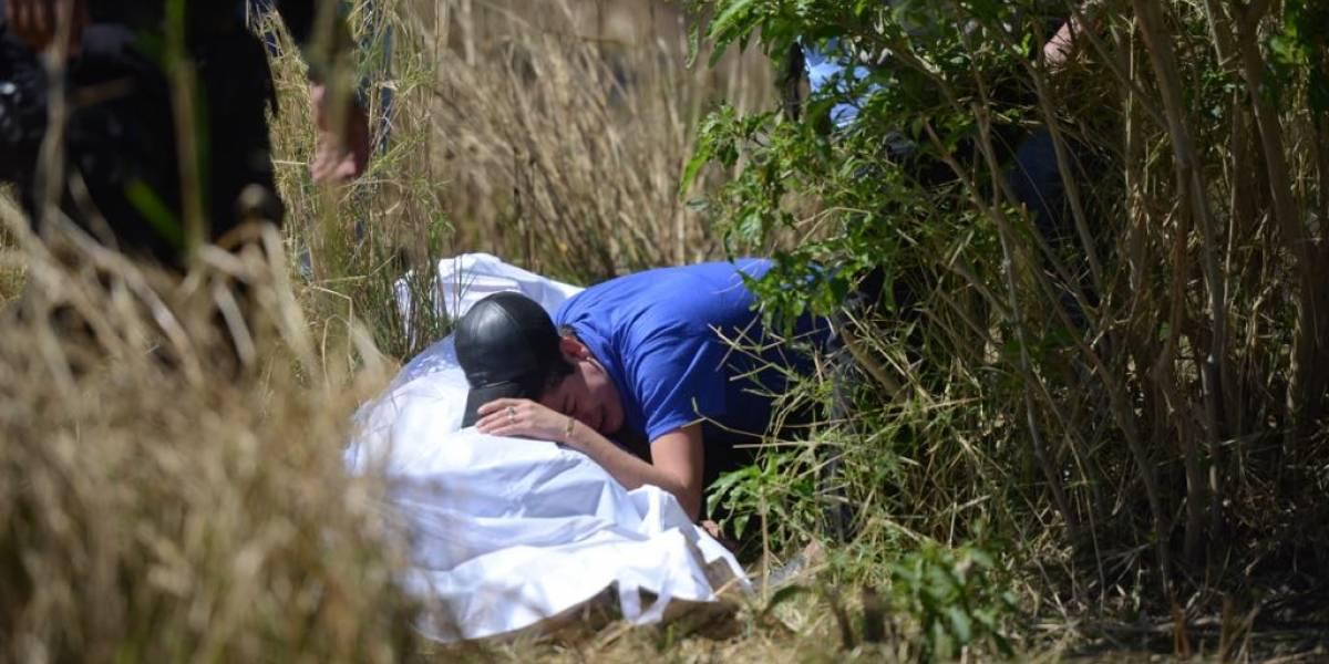 """""""¿Qué te hicieron mamita?"""", gritaba una adolescente mientras abrazaba el cuerpo de la víctima"""