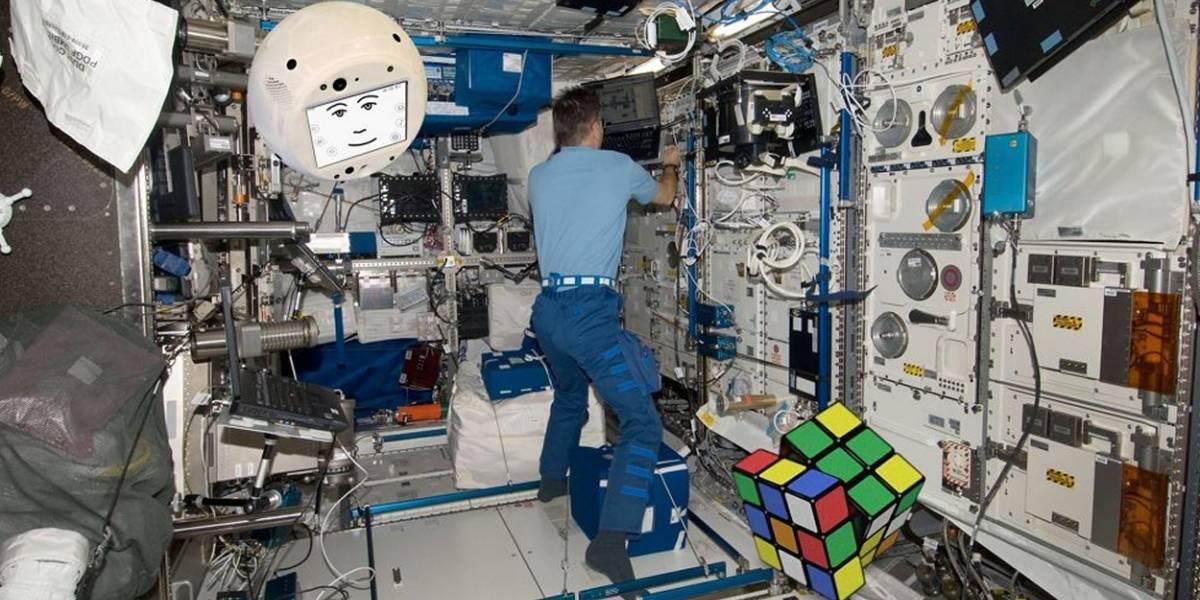 """Administrador de la NASA dice que ya """"hay conversaciones"""" con privados para tomar control de la Estación Espacial Internacional"""