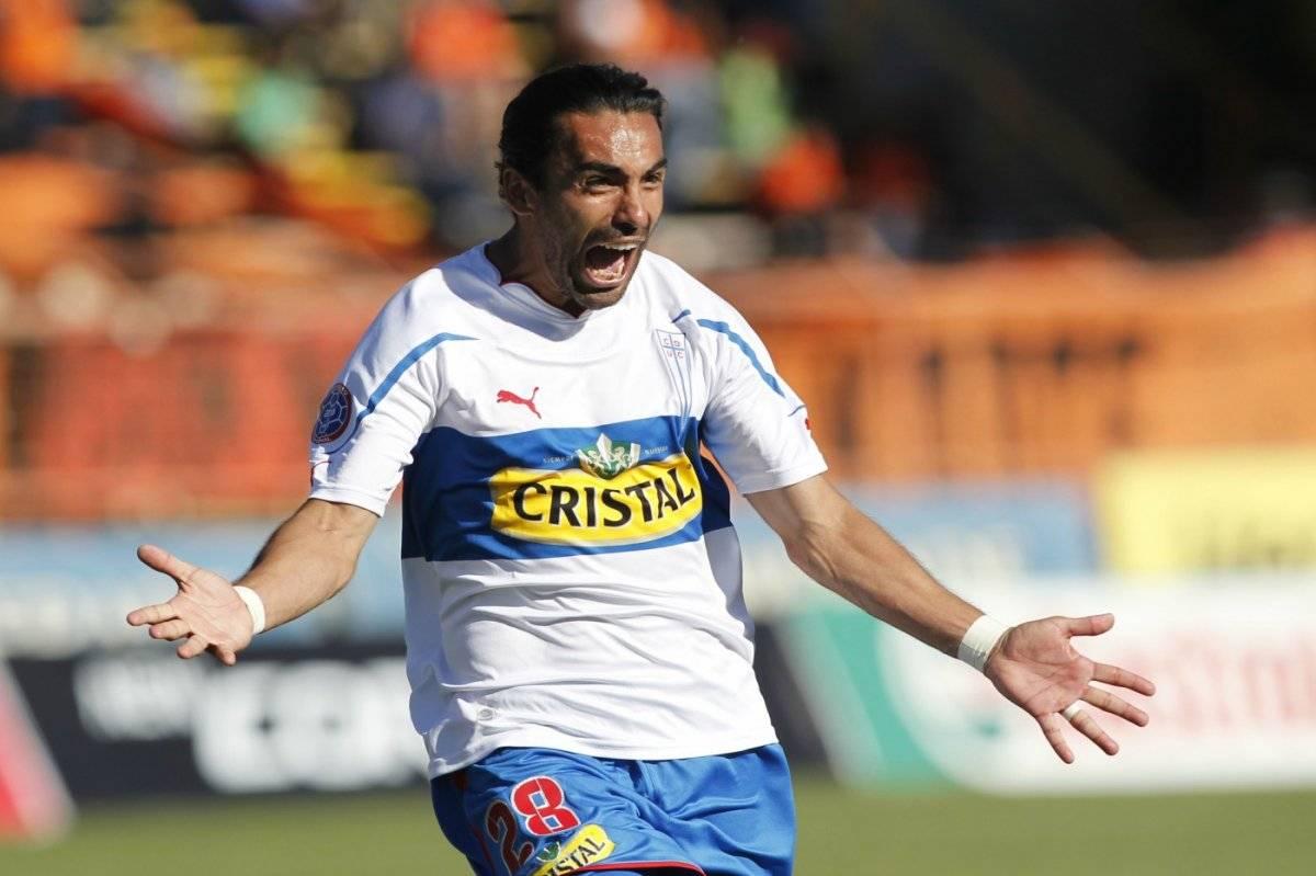 El grito de gol de Juan Eluchans en Calama. Su tanto fue clave para la obtención de la estrella 10 de la UC / Foto: Photosport
