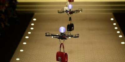 Drones desfilam na Dolce & Gabanna