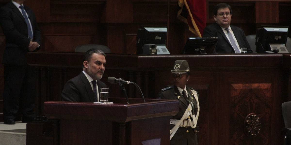 José Serrano: No estamos aquí por intereses personales