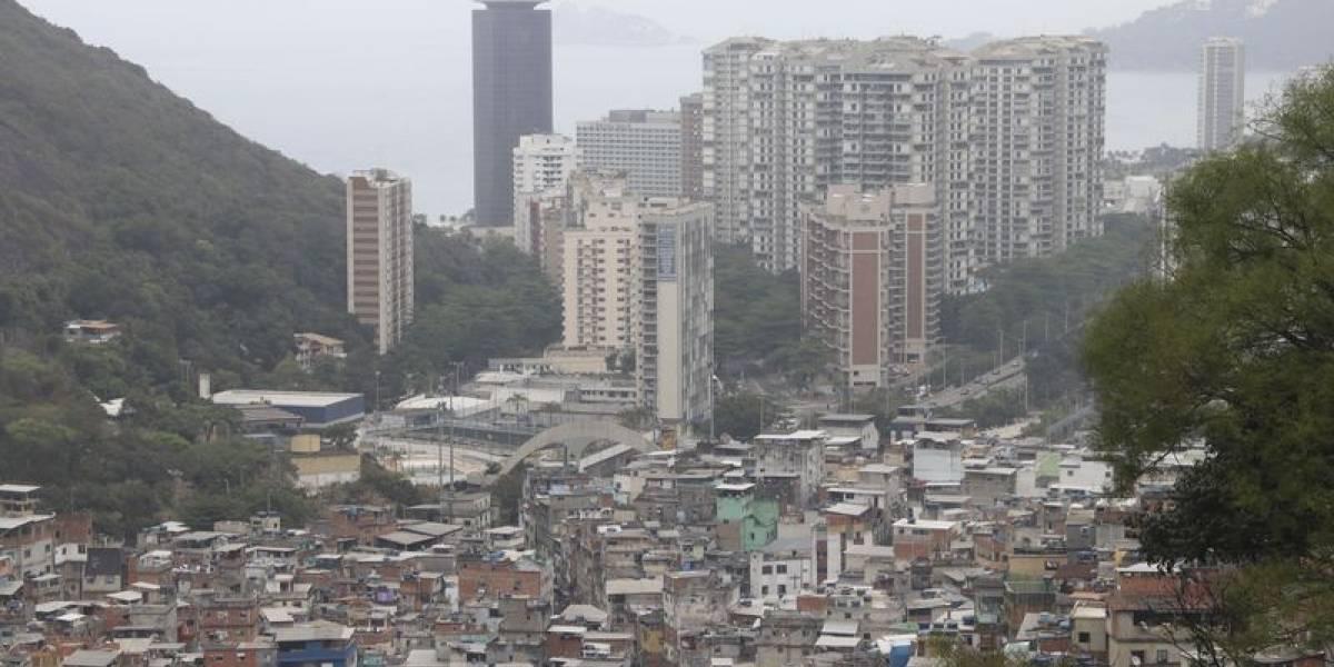 PCC começa a controlar favela no Rio de Janeiro