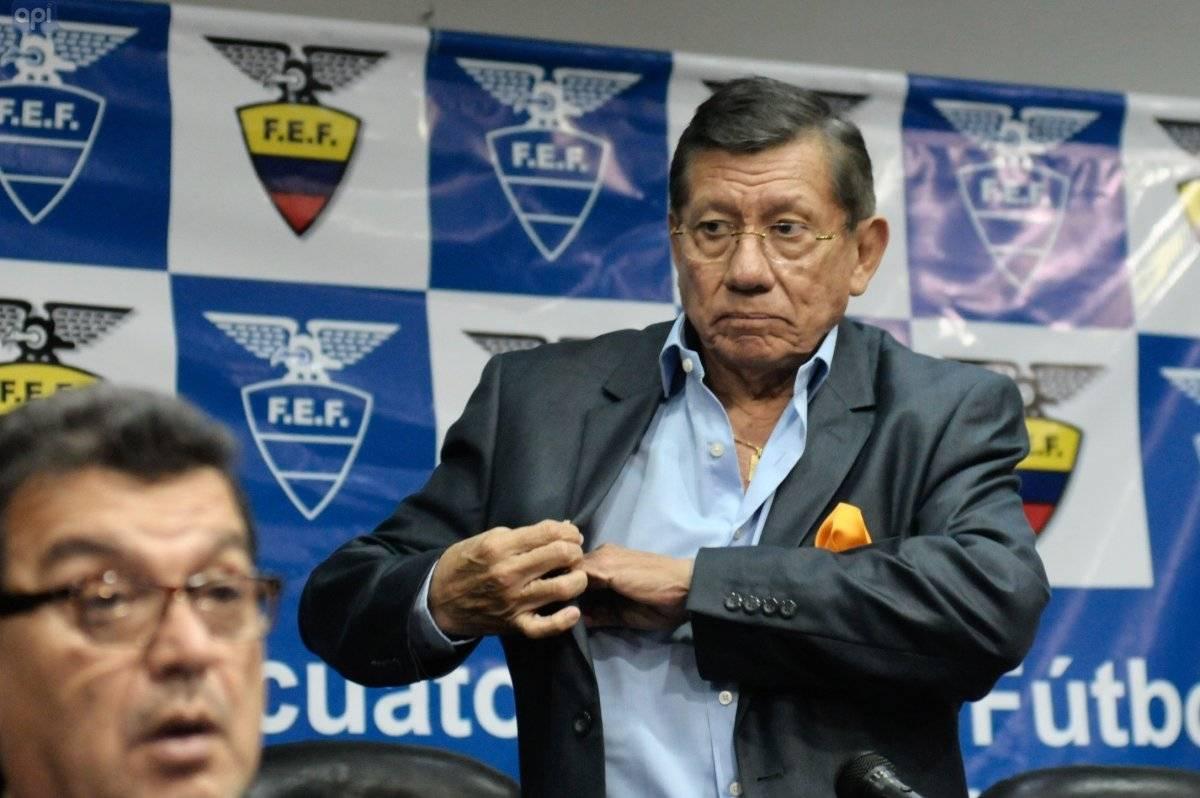 Rueda de prensa de Carlos Villacis presidente de la FEF.