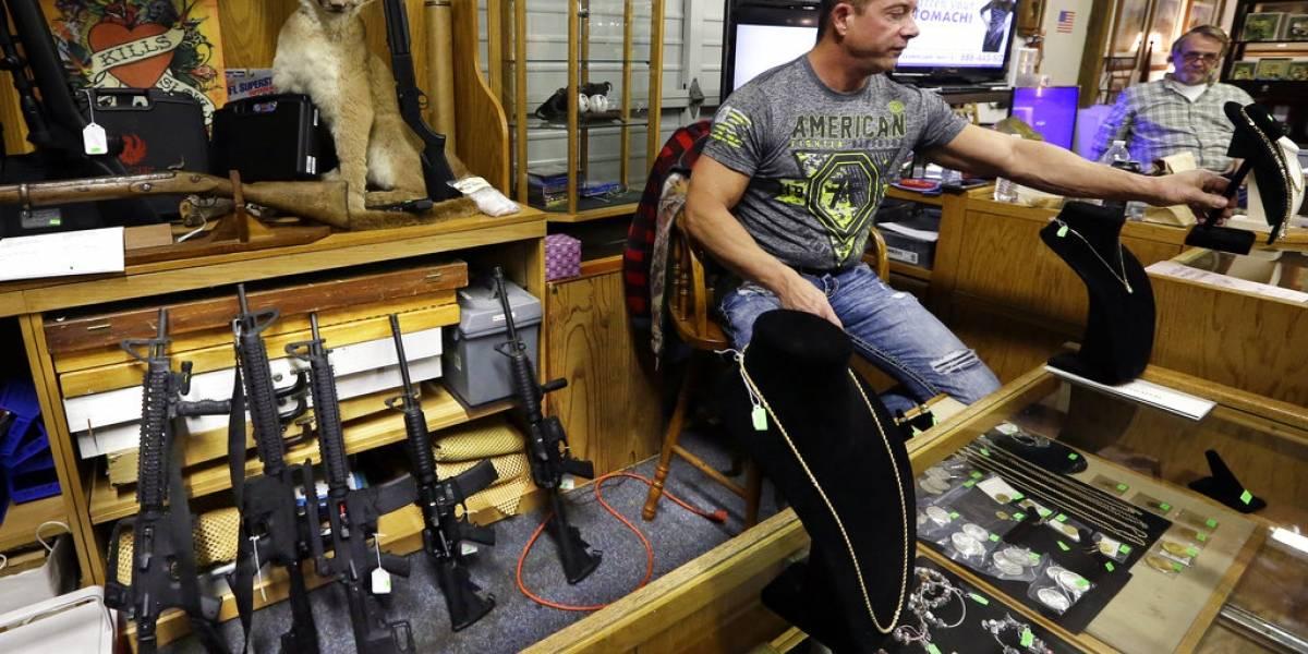 El duro y doble golpe a los defensores de las armas en EEUU