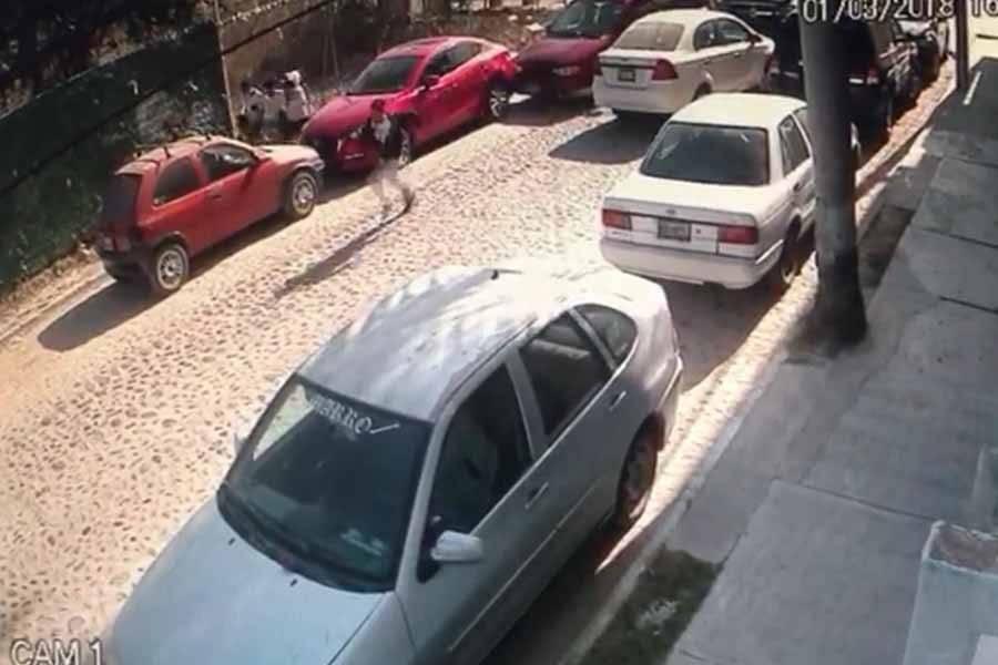 Captan en video asalto a mano armada en joyería de Puerto Vallarta