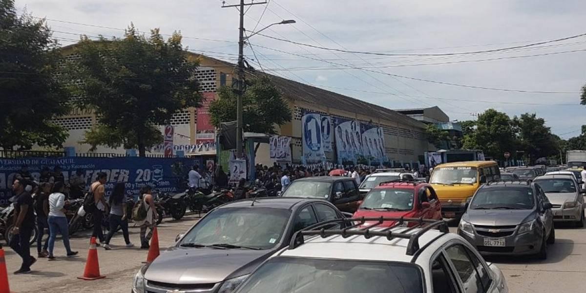 Tráfico por elecciones en la Universidad de Guayaquil