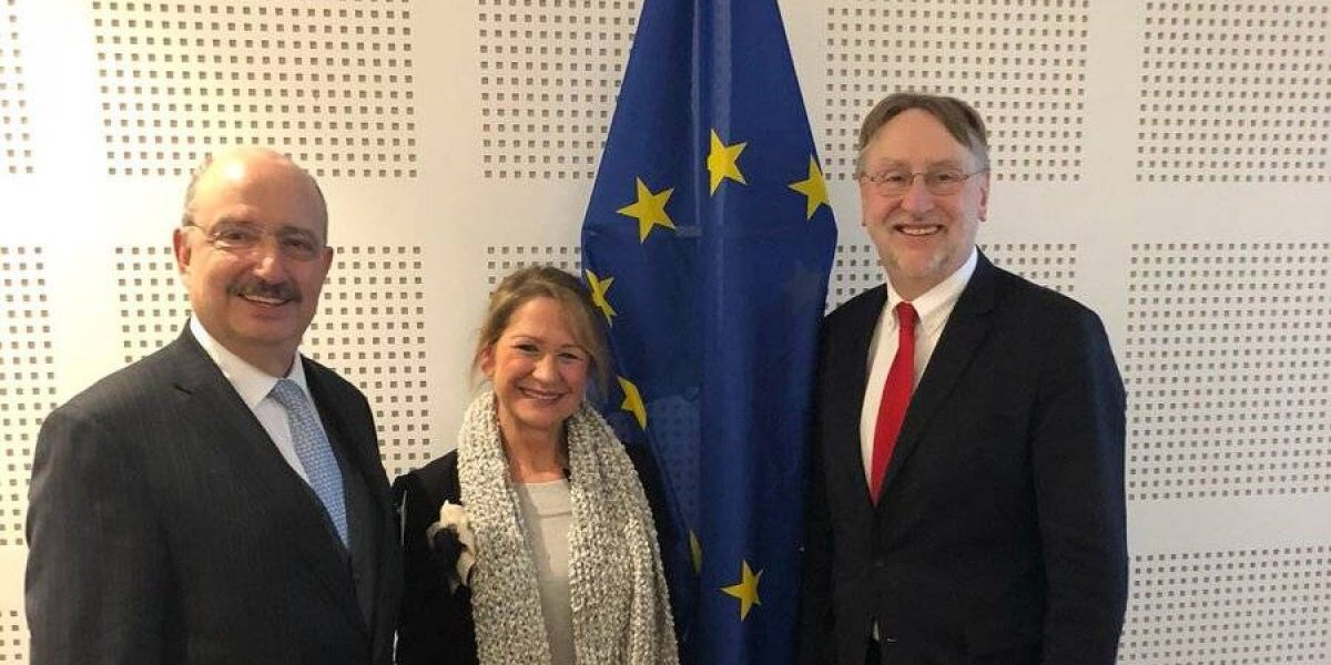 Delegación mexicana acude a Bruselas para buscar acuerdo en TLCUEM