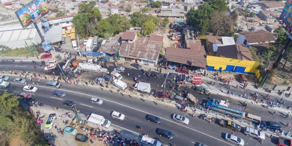 Entregan a familiares los cuerpos de las víctimas del accidente en ruta Interamericana