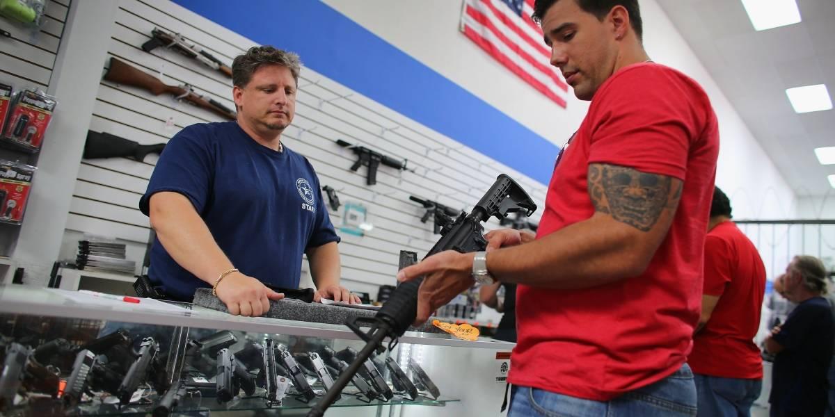 Empresas ponen límites a la venta de armas en EU tras tiroteo en Florida