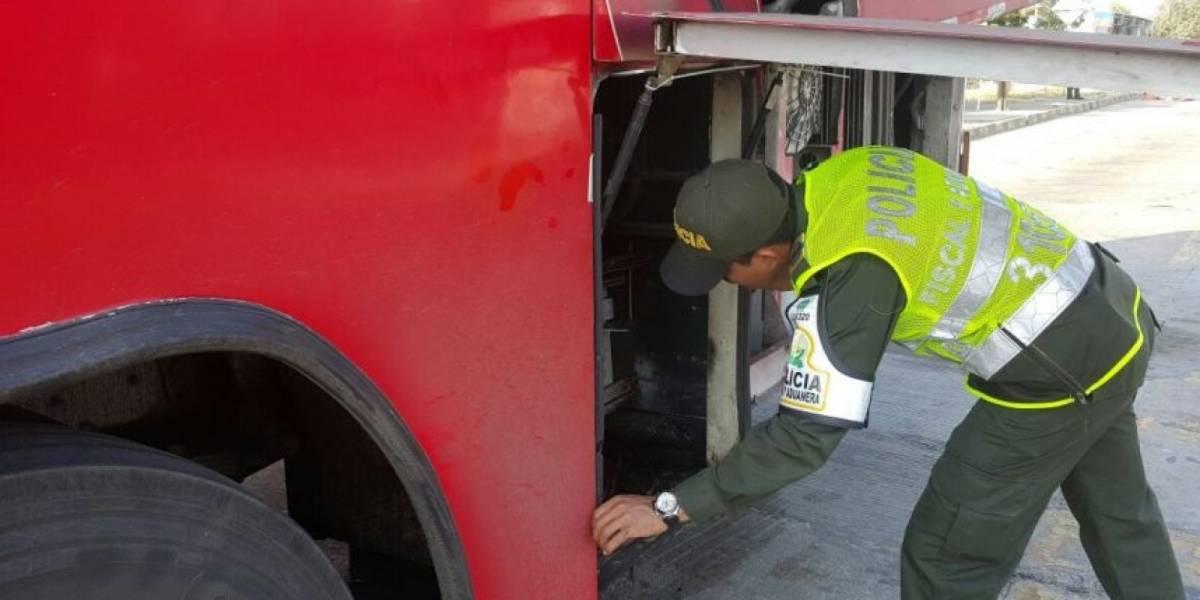Dos robos masivos simultáneos a buses intermunicipales en el norte y sur de Bogotá
