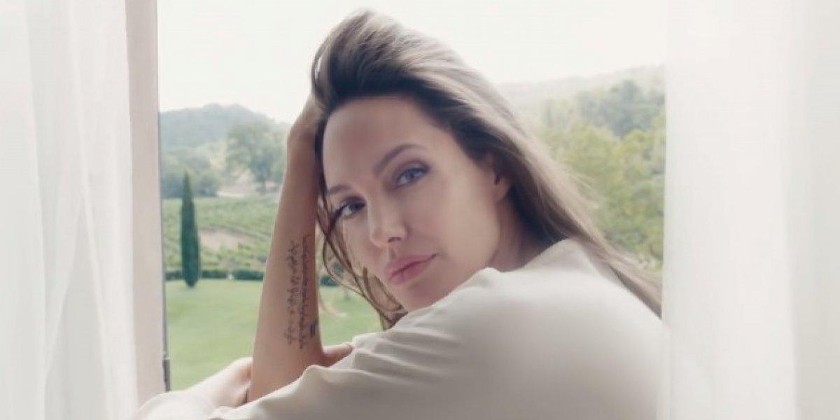 El nuevo perfume Mon Guerlain Florale está inspirado en la feminidad de Angelina Jolie