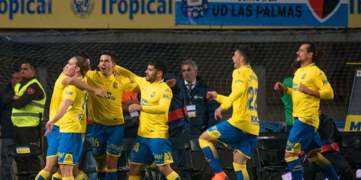 Con polémica, Las Palmas logra heroico empate ante el Barça