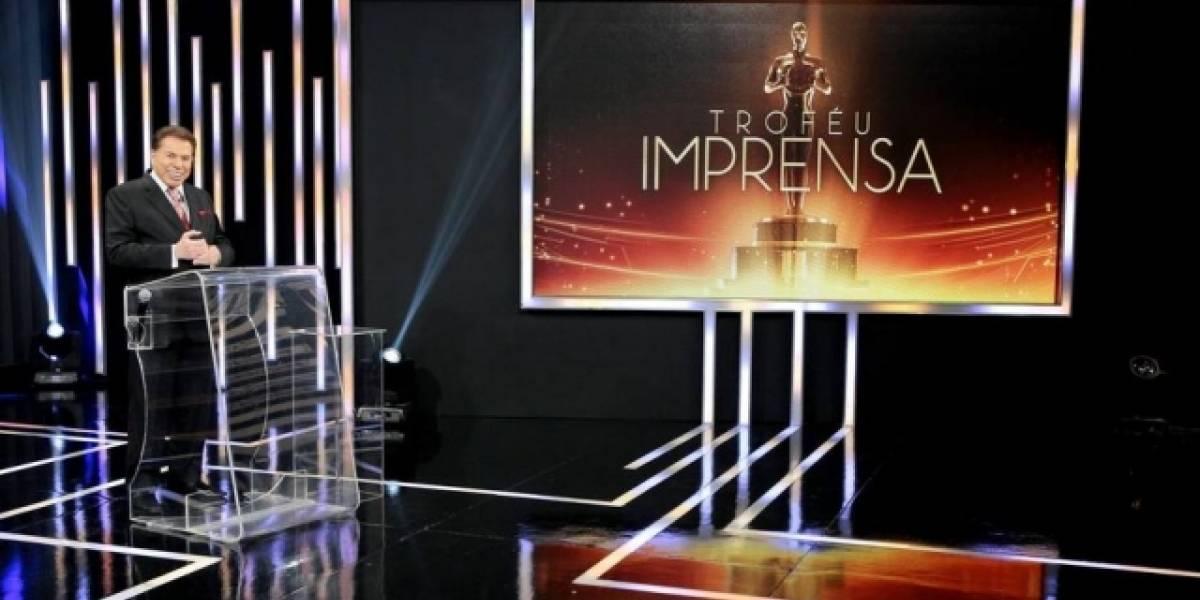 Atriz e apresentador da Globo vão à gravação do Troféu Imprensa