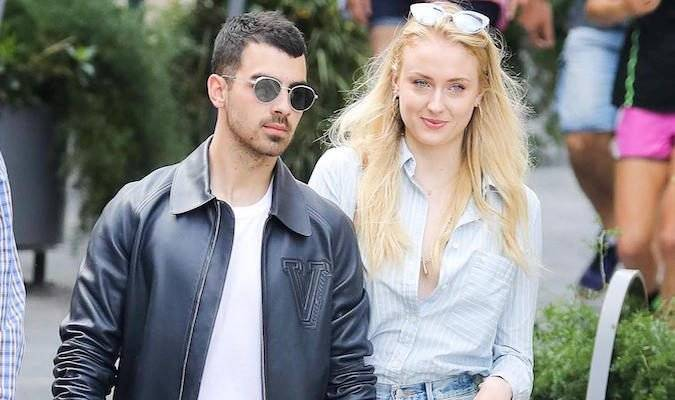 Joe Jonas y Sophia Turner