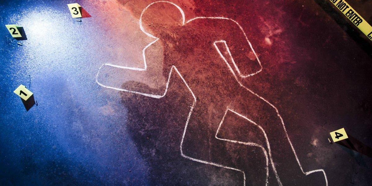 Hallan cadáver baleado dentro de un auto en Villa Palmeras