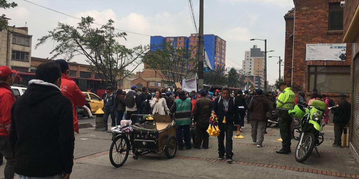 Marcha de recicladores provoca trancones en el centro de Bogotá