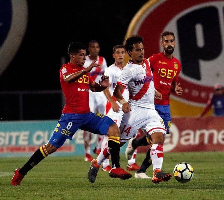Espinosa redebutó por Curicó Unido en el épico 4-4 de los torteros ante Unión Española por la cuarta fecha del Campeonato Nacional 2018 / Foto: Agencia UNO