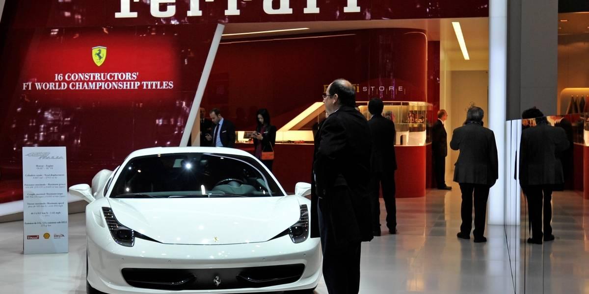 Conductor de un Ferrari violó la cuarentena para andar a 300 km/h en una carretera