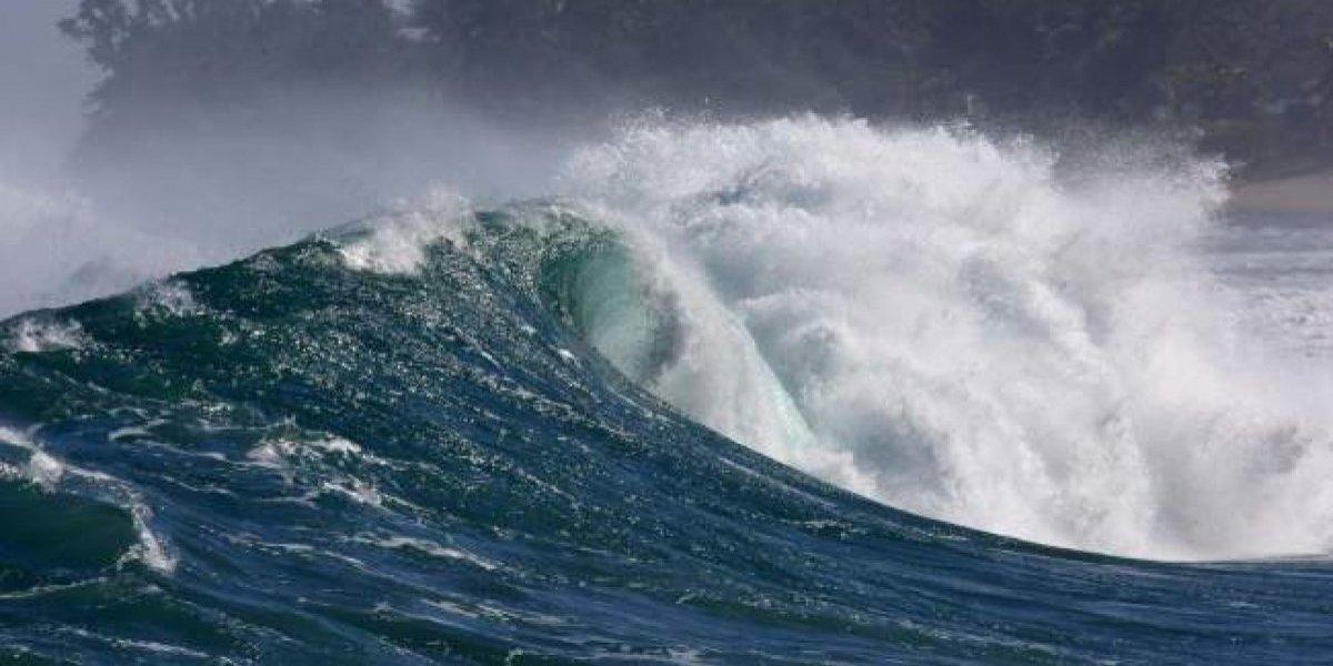 Loíza activa plan ante pronóstico de marejadas de hasta 20 pies
