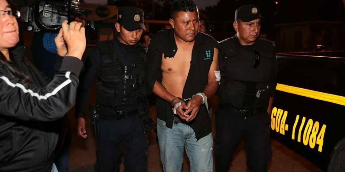 Piloto del tráiler que provocó accidente en Mixco queda ligado a proceso