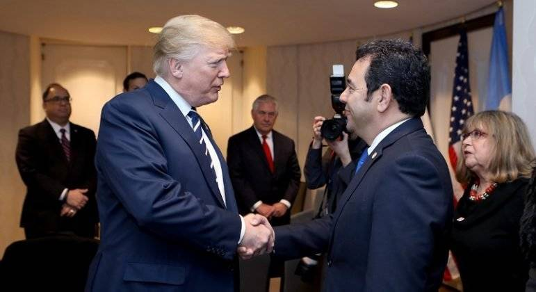 Jimmy Morales y Donald Trump
