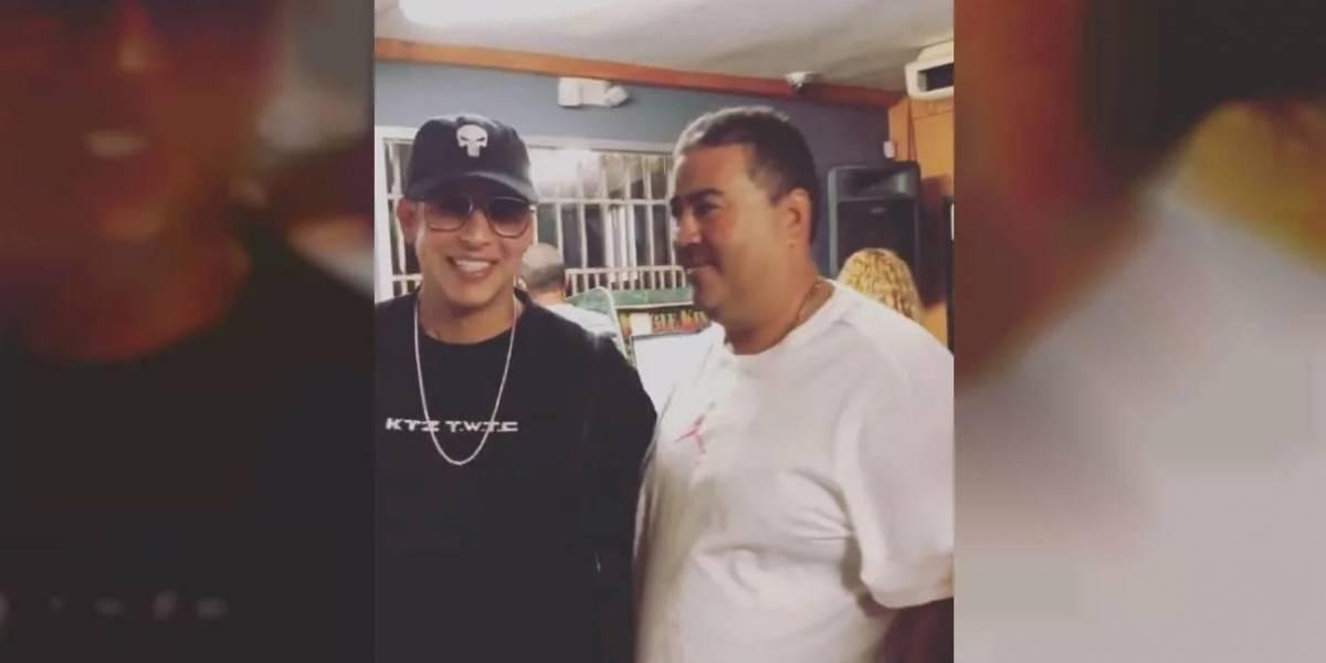 Daddy Yankee se va de chinchorreo