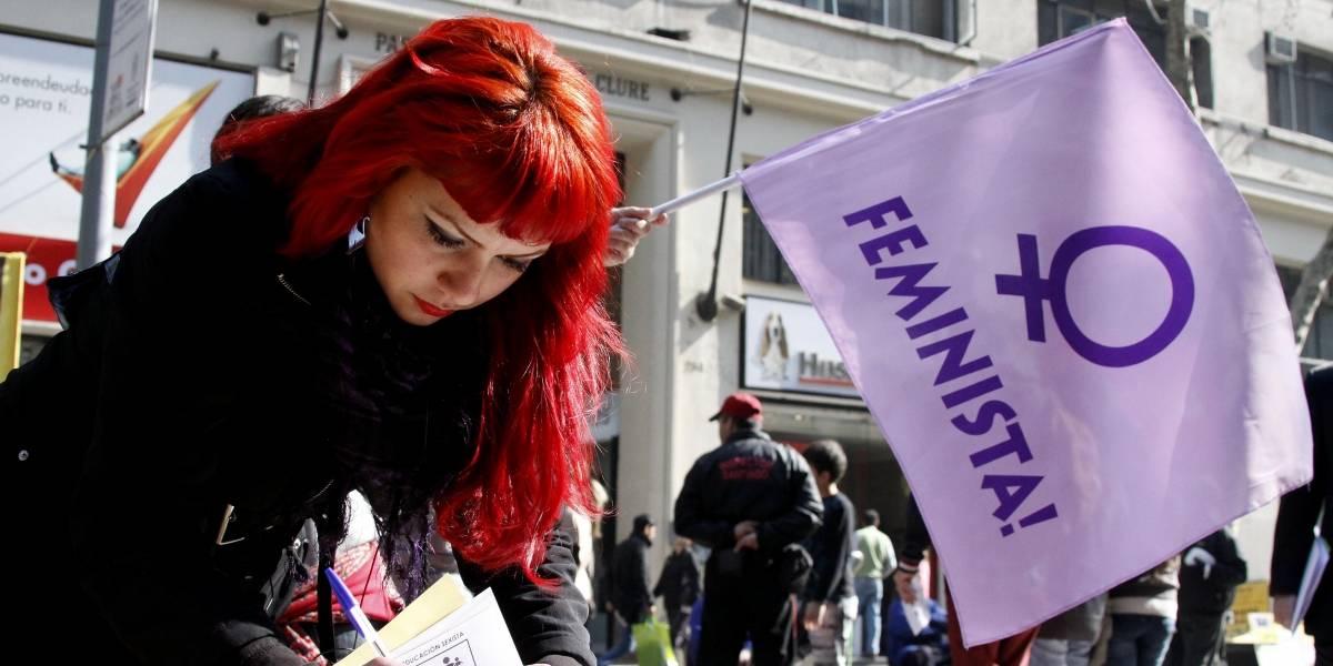 Estas son las cinco aberraciones que todavía tienen que soportar las chilenas por ser mujeres