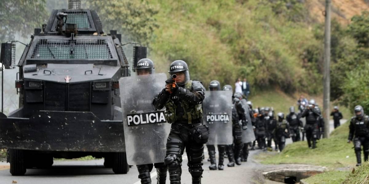 Estudiantes y Esmad se enfrentaron a piedra y gases en Popayán