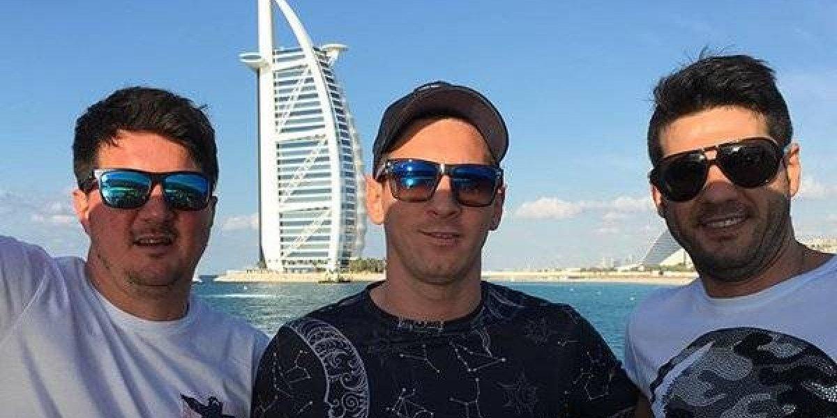 Hermano de Messi amenaza a conductor con arma de fuego