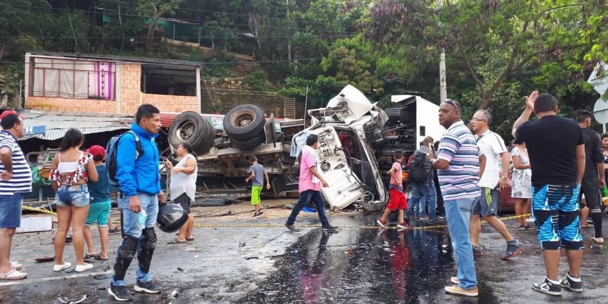 Fotos y video: Trágico accidente en el túnel de Boquerón