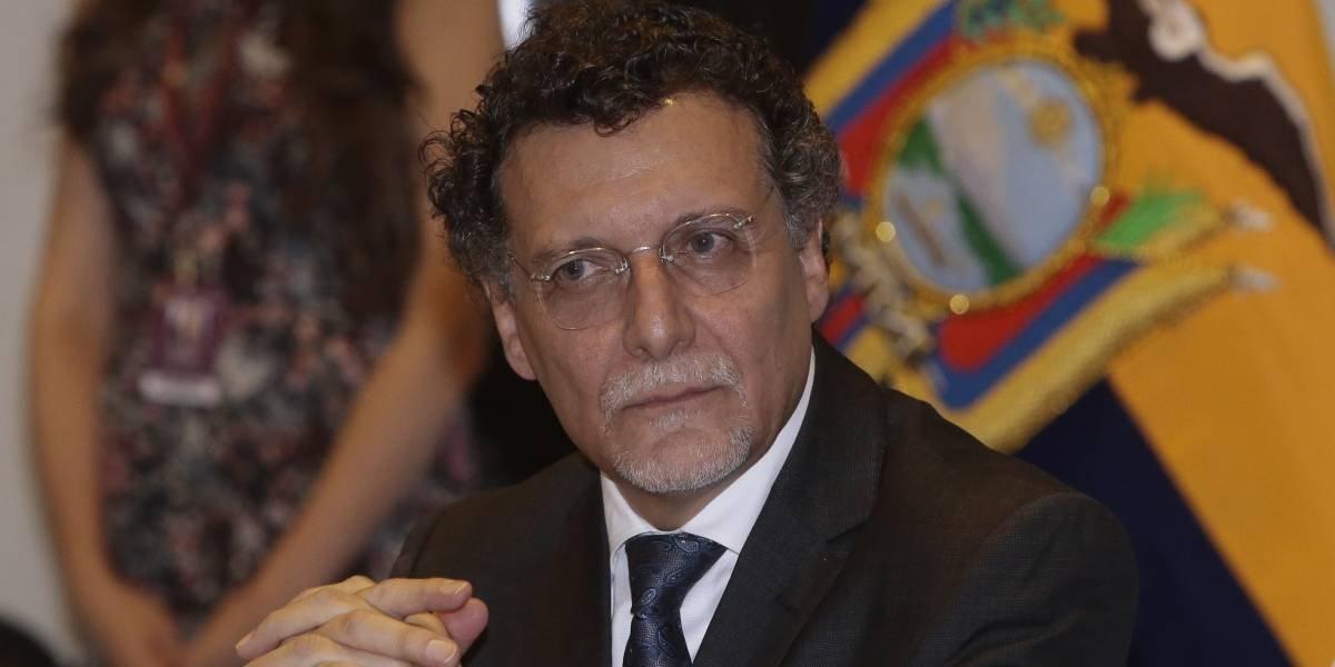 """Pablo Celi pide a la fiscalía que Rafael Correa se incluya en el """"caso Singue"""""""