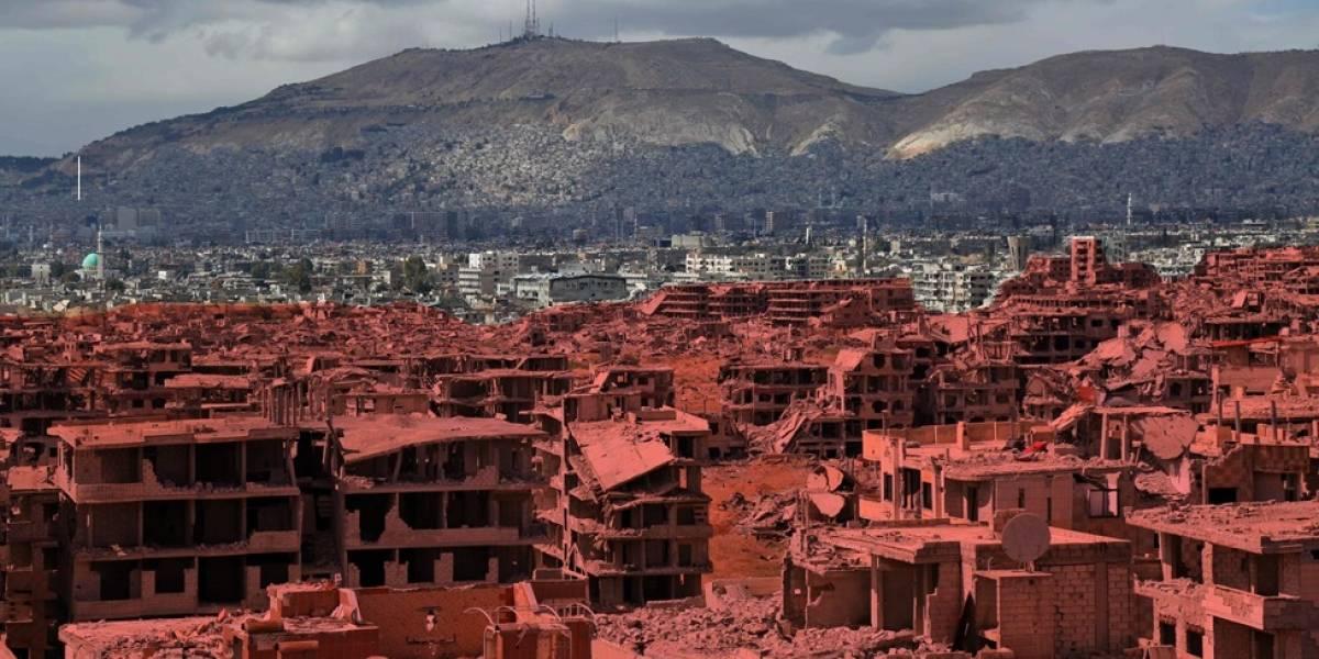 Imagens aéreas mostram destruição em área bombardeada da Síria; veja antes e depois