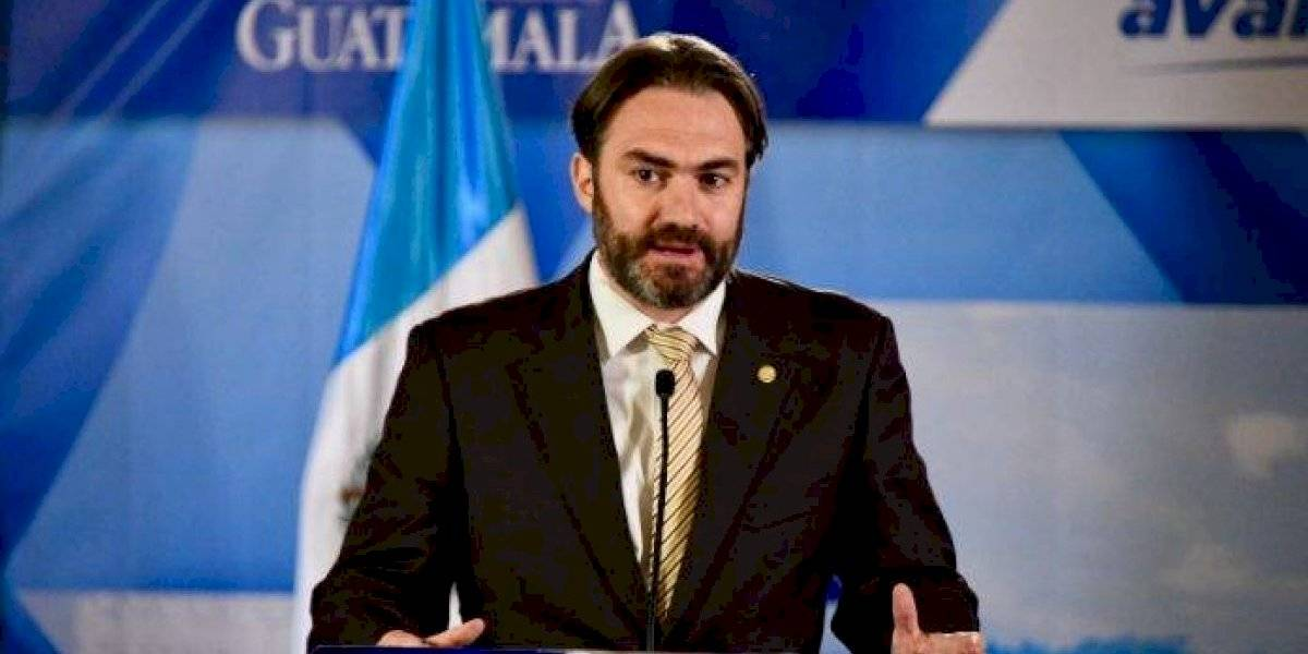 Congreso integra pesquisidora que conocerá antejuicio contra ministro de Economía