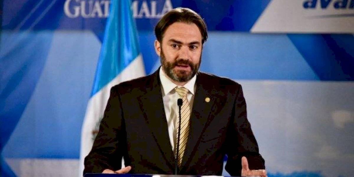 Pesquisidora recomienda no retirar la inmunidad al ministro de Economía, Acisclo Valladares